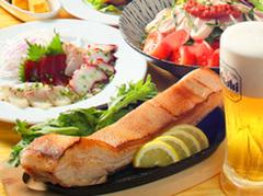 旬鮮魚をふんだんに使ったカルパッチョ、チキン南蛮、高原豚の岩塩焼き等が楽しめるプランです!