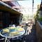 浅草橋の隠れ家ビストロ。天空を望む広いテラス席で贅沢な時間を