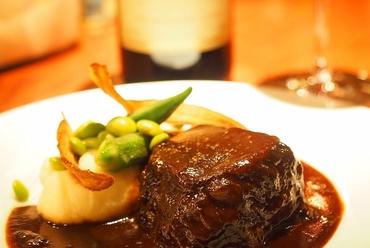 牛ほほ肉赤ワイン煮込み