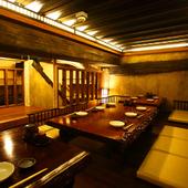 大規模な宴会にも利用できる、広々とした個室