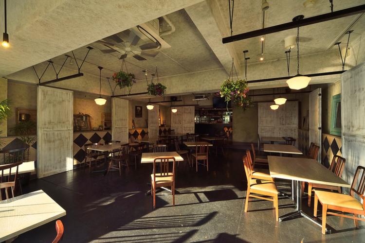 Omotesando Bacchus 表参道 青山 イタリアン のお店の雰囲気 特徴