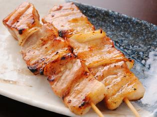 人気の豚バラと、鮮度にこだわった鶏肉