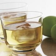 梅本来の甘酸っぱい香りが広がるやわらかな口当たりの梅酒です。