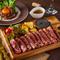 【看板メニュー!】肉&チーズのご紹介