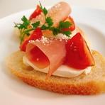 フランス産クリームチーズと生ハムの相性抜群 お酒や御食事の合間にどうぞ