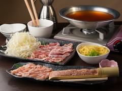滋賀県産の近江軍鶏の鍋コース