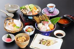 瀬戸内の美味を堪能できる新たな大皿コースメニューです。