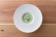 ファランドール・ド・レギューム 皿の上で踊る煌めく旬野菜達