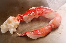 塩・胡椒などでシンプルに焼き上げ、素材の旨みを引き出す