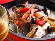 渡り蟹と魚貝のアクアパッツァ