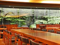 アッパーミドル世代の方々に人気。ご友人との食事会にいかが