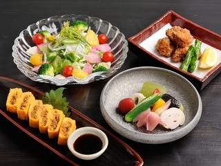 土瓶蒸し、焼き松茸、松茸ご飯など。