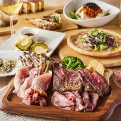 豪華な料理内容とインスタ映え抜群のビックスプーン付き♪記念日・誕生日はこちらのコースで決まり!