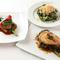バリエーション豊かな料理から感じられる温かなサービス精神