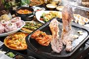 サムギョプサル+包野菜+チヂミ一品(海鮮チヂミ、桜海老チヂミ、ふわとろもちチヂミ、コーンマヨチヂミ)+チゲ一品(スンドゥブチゲ、ユッケジャン、熟成味噌、牛骨玉子スープ)