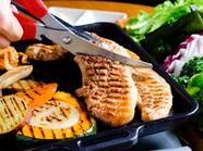 美味しいお肉と本格韓国料理40種が食べ放題の『よくばりコース』 2580円