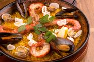 新鮮な魚介とスペインの香り漂う『パエリア』シーフード