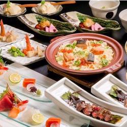 鍋は鶏水炊きOR海鮮鍋をチョイス 他、先付・造里・揚物・うどん・デザート 充実メニューの飲み放題付き