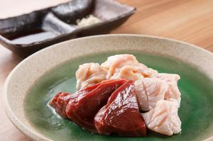 上品な甘さに魅了される『松阪牛内臓セット(本日のおすすめセット)』