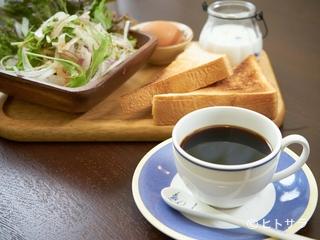苦味、甘味、コクのバランスに優れた、どなたにも好まれるアラビカ種の『柳コーヒー』