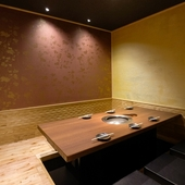 個室でプライベート空間も完備!商談や接待の場にもオススメ!