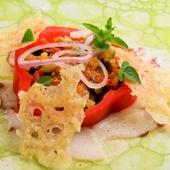 タコの旨味とパプリカの味わいにハーブの香りが引き立つ至極の一品『タコとパプリカのカポナータとハーブ』