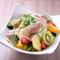 新鮮な野菜やフルーツを使用