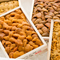 築地市場に届けられる、日本全国・世界各国のウニを食べ比べ