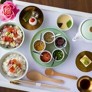 寿司屋が考案した「海鮮ひつまぶし」ランチ(平日限定)