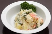 埼玉県産の新鮮なジャガイモをごろっと使用。素材そのものの味を大切にした、素朴で懐かしい味わいです。