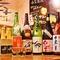 魚料理と相性抜群。季節に合わせて全国から厳選した地酒の数々