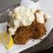 カキは定番のフライも美味。また、夏のイチオシはクルマエビ
