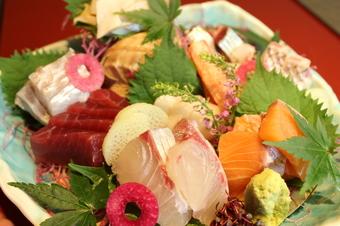 3時間飲み放題付き! お魚もしくはお肉料理をお選びください