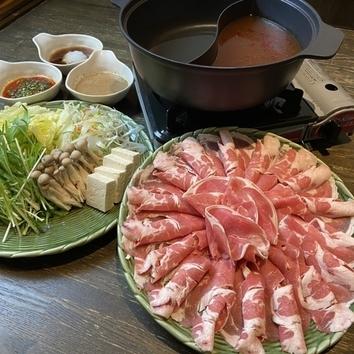 ラム+三元豚+国産鶏しゃぶ食べ放題コース