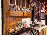 郷土料理の味と伝統を守る素朴な雰囲気のお店。