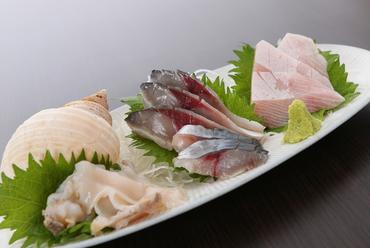 その日に一番美味しい富山産魚介類を『厳選お刺身味くらべ』