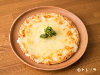 Cafe&bar crescent moonの料理・店内の画像1