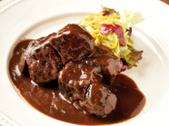 トロトロほどける、濃厚な味わい『松阪豚のバルサミコ煮』
