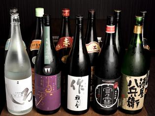 日本酒などお酒のラインナップにもこだわっています