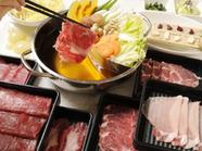 天然温泉水で育てられた「桜島美湯豚」などの銘柄コースも。追加具材も食べ放題の『舞しゃぶ食べ放題90分』
