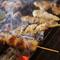 まずは本格派炭火焼き鳥と日本酒を囲んで乾杯!