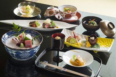 会席料理で味わう季節の味『花暦』
