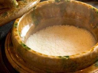 美味しく土鍋で炊き上げる、ふっくらつやつやした福井の地のお米