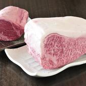とろける食感と上品な甘みがたまらない『黒毛和牛ステーキ』