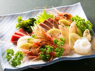 瀬戸内海の新鮮な食材を仕入れているので、旬の魚を楽しめます