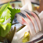 脂の乗った鮮魚だけを厳選『旬の鮮魚を使った一品』
