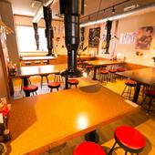 気さくな店内。日常使いの「食堂」をイメージ