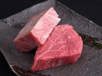 シェフ厳選、肉本来の旨みを味わえる自慢の黒毛和牛