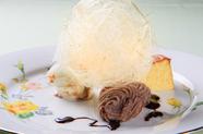 食事の最後にはやはり欠かせない甘い誘惑『デザートプレート 金の飴飾り』