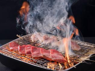 柔らかくて旨味が強く、ジューシーな肉汁が美味しい「糸島豚」